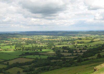 south-shropshire-farmland-church-stretton-walking-holiday