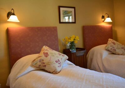 twin-double-court-farm-bed-breakfast-church-stretton-shropshire